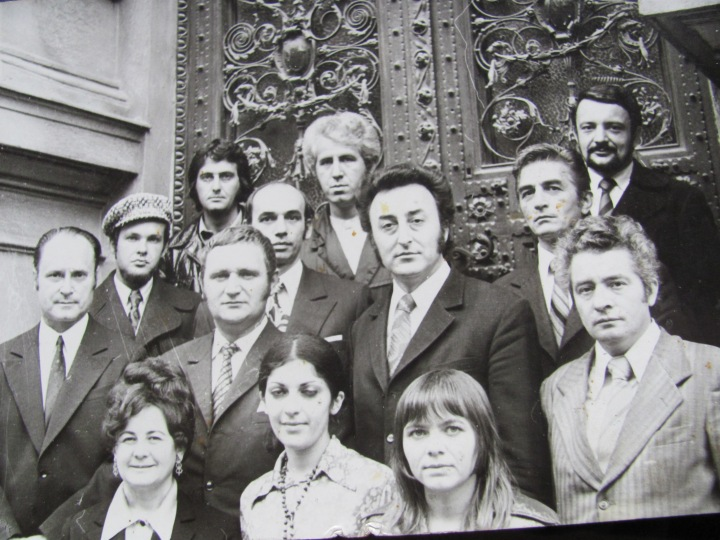 1980. Stânga mijloc (cu șapcă) - subsemnatul