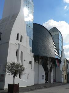 Noua arhitectură la Mako
